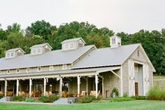 If a barn was ever called elegant, then this would be that barn.