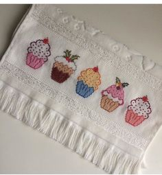 Cross Stitch Borders, Cross Stitch Baby, Modern Cross Stitch, Cross Stitch Designs, Cross Stitching, Cross Stitch Embroidery, Cross Stitch Patterns, Crochet Patterns, Cross Stitch Kitchen