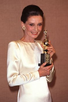 1990 - Audrey was honoured with the Cecil B.DeMille Golden Globe Award for her contribution to film.
