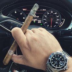 Montecristo Especial from 2001 & a triple #espresso to keep me focused en route to #myhotellife  Early meetings suck ass!  . . #botl #cigaroftheday #cubancigars #cigar #whiskywingman #howiroll #instalife #showpony #justwingit #doyouevendrambro #cigartime #cigarsmoker #nowsmoking #cigarstyle #cigarsocial #cigarworld #cigarporn #cigaraficionado #cigars #scottishcigarsmoker #tartancigarmilitia #cigarstocelebrate #habanos #cigarworld #cigarphotography #nowsmoking #cigarlover