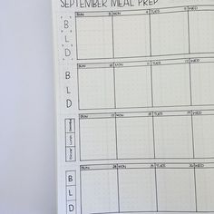 Bujoers, I need your help! I'm creating new pages today: first up, this monthly meal prep page. I can't decide which Breakfast/Lunch/Dinner section design to use down the left side. Would love to hear what you think looks best in the comments—1, 2, 3 or 4? Thank youuuu!