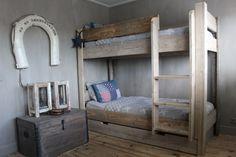 8x Minimalistische Kinderkamers : Jongens slaapkamer jongenskamer pinterest bedrooms room and