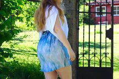 Fitted Skirt, Printed Skirts, Casual Looks, Fashion Brand, Tie Dye Skirt, Mini Skirts, Model, Sweaters, How To Wear