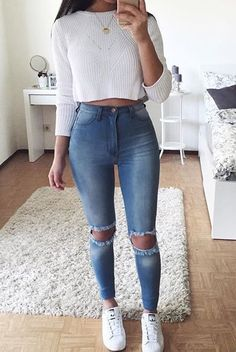 Lovely Look. 43 Lovely Casual Style Looks To Look Cool And Fashionable – Latest Fall Outfits Collection. Lovely Look. Mode Outfits, Jean Outfits, Trendy Outfits, Dress Outfits, Diy Outfits, Outfits 2016, Basic Outfits, Outfit Chic, Outfit Jeans