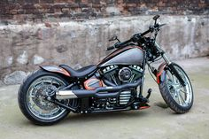 2013 'Californication' Harley-Davidson Softail FXSB Breakout Vintage.    http://ninehillsmotorcycles.pl/en/ and/or http://facebook.com/media/set/?set=a.1658616381028640.1073741873.1421930961363851&type=3