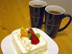 ケーキと紅茶でお祝い!