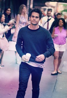 Dylan O'Brien just walkin the streets! How? If I saw him I don't even know what would happen.. Maybe id pass out, or puke, or somehow manage to tell him how great he is. lol I want a hug