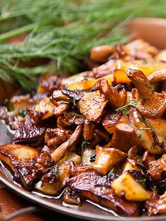 Fried potatoes with chanterelle mushrooms- Great recipe from Russia.