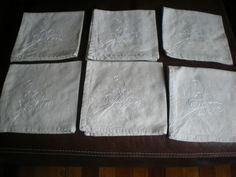 Servilletas bordadas a mano en blanco