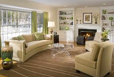 Traditional Living Room Shelving And Furnitures