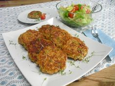 Oatmeal and cheese patty - Thermomix Middach - Cheese Patties, Burger Party, Brunch Buffet, Tandoori Chicken, Vegetarian Recipes, Low Carb, Clean Eating, Food Porn, Food And Drink
