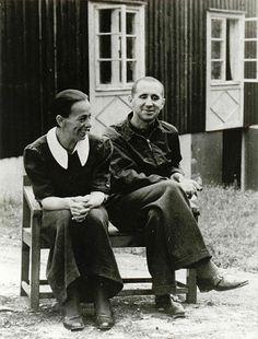 Helene Weigel und Bertolt Brecht, Lidingö, 1939 [ Adk, Berlin, BBA FA 17/079, Fotograf unbekannt ]