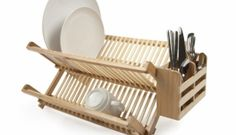 dish racks Dry your dishes and utensils on this beautiful bamboo dish rack with utensil holder. A nice addition to your kitchen decor, this rack is perfect for air drying or storing dishes. Kitchen Furniture, Kitchen Decor, Kitchen Ideas, Kitchen Refacing, Bamboo Dishes, Cutlery Holder, Vessel Sink Bathroom, Modern Outdoor Furniture, Dish Racks
