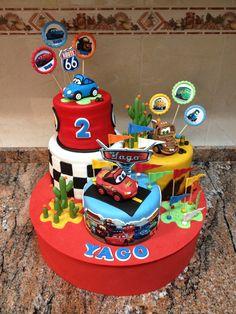 """Composición de tartas """"Cars""""."""