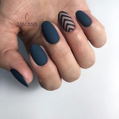 Matte nails with simple accents ❤️ Perfect and trendy round nail designs . - Informations About Matte Nägel mit einfachen Akzente - Shellac Nails, Matte Nails, My Nails, Rock Nails, Round Nail Designs, Cool Nail Designs, Matte Nail Designs, Shellac Designs, Accent Nail Designs