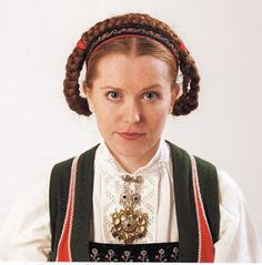 Hello all, Today I will cover the last province of Norway, Hordaland. This is one of the great centers of Norwegian folk costume, hav. Folk Costume, Costumes, Traditional Outfits, Norway, Culture, Embroidery, Ideas, Fashion, Hardanger