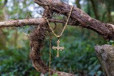 Cruz de la Victoria de oro - Día de la Madre
