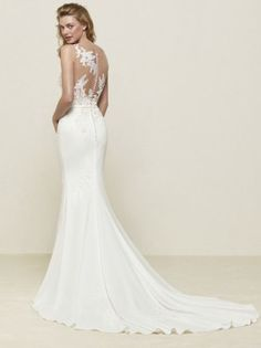 Fit and Flare crepe mermaid  lace illusion wedding dress with belt, Pronovias 2018 collection - Drenoa