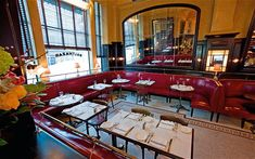 Originally in NYC, Balthazar recently opened in Covent Garden. It's a classic French bistro with great moules-frites!