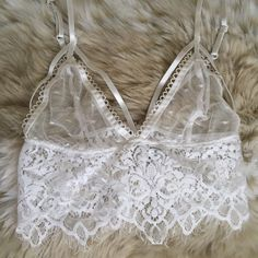 White Lace Bralette Lace Bralette with adjustable straps and clasp closure in the back  size XS For Love and Lemons Intimates & Sleepwear Bras