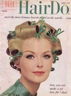 Oi, meninas! Se vocês acham que usar bobes é ultrapassado...