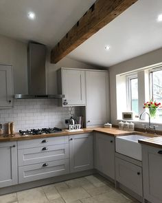 Consider this essential image and also have a look at today facts and strategies on Soapstone Kitchen Countertops Cosy Kitchen, Home Decor Kitchen, Country Kitchen, Kitchen Interior, New Kitchen, Kitchen Ideas, 10x10 Kitchen, Budget Kitchen Remodel, Kitchen On A Budget
