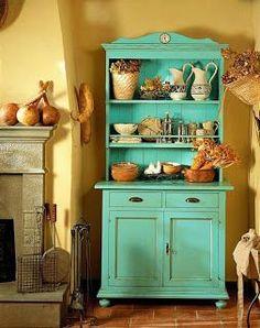 Muebles restaurados para la cocina / Restored furniture for the kitchen Vintage Home Decor, Vintage Kitchen, Vintage Furniture, Painted Furniture, Diy Furniture, Painted Hutch, Turquoise Furniture, Colorful Furniture, Old Country Houses