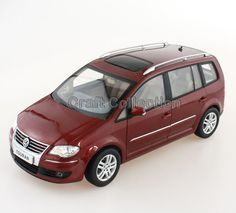 94.80$  Buy here - http://ali0s0.worldwells.pw/go.php?t=32783402218 - *Red 1:18 Volkswagen VW Touran 2008 MPV Diecast Model Van Classical MPV Collection Off Road Commercial Vehicle