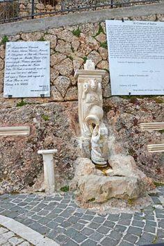 Village fountain Calascio Full details: www.resources.immobiliarecaserio.com  #village #Calascio #fountain #Abruzzo #Italy