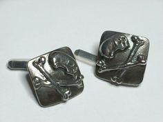 Skull & Crossbones cufflinks in by Jewellery by Callum Kilts