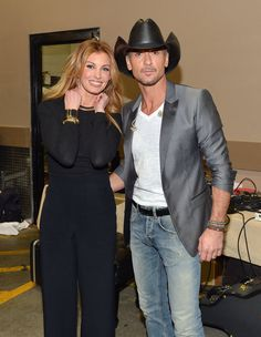 Faith Hill and Tim McGraw posed backstage at the Superstar Summer Night event
