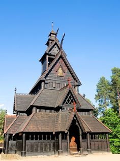 The Gol Stave Church—now located at the Norwegian Museum of Cultural History in Oslo. Oslo, Landscape Photography Tips, Scenic Photography, Night Photography, Landscape Photos, Chateau Medieval, Church Architecture, Wooden Architecture, Small Fireplace