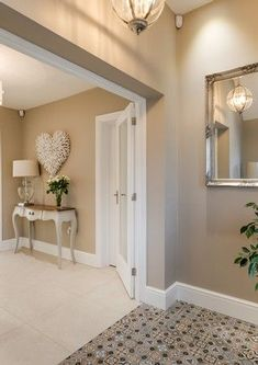 Hall Paint Colors, Hallway Wall Colors, Hallway Colour Schemes, Hall Colour, Hallway Paint, Colours For Hallways, Warm Kitchen Colors, Painted Feature Wall, Wall Color Combination