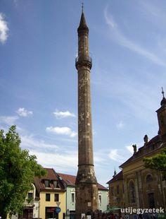 Egri minaret Iglesias, Mosque, Cn Tower, Building, Travel, Places, Viajes, Buildings, Mosques