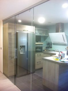 Glass partition for kitchen Home Interior Design, Kitchen Design, Kitchen Inspirations, Kitchen Cabinet Styles, Architectural House Plans, Kitchen Desing, Beautiful Houses Interior, Glass Kitchen, Glass Doors Interior