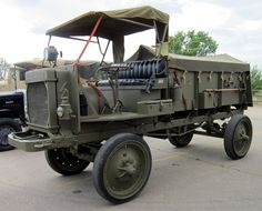 1918 World War I Nash Quad U.S. army truck.
