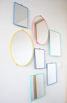 15 Gloriously bright pastel decor ideas for your home. If you love pastels then these 15 examples will give you a big dose of inspiration to help you decorate a perfect pastel home! I love these ideas, they're perfect for any home, especially mine :p Pastel Decor, Mini Loft, Old Mirrors, Mirror Mirror, Painted Mirrors, Painted Frames, Retro Mirror, Mirror Collage, Sweet Home