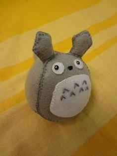 Mini Totoro by ~k12l on deviantART