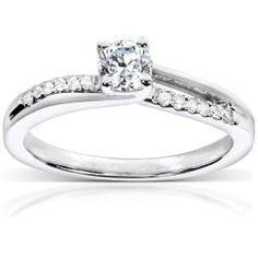@Overstock.com - She's sure to say yes to this white gold engagement ring. The 14-karat gold, diamond-encrusted band is set with a center round-cut diamond. Total gemstone weight is one-third carat. The gold is rhodium plated for a bright white finish.http://www.overstock.com/Jewelry-Watches/14k-White-Gold-1-3ct-TDW-Diamond-Engagement-Ring-H-I-I1-I2/6065828/product.html?CID=214117 $699.99