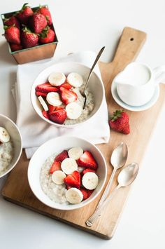 Slow Cooker Recipe: Overnight Steel Cut Oats (Serves 8)