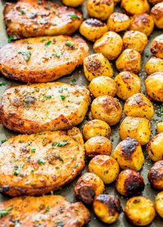 Ranch Pork Chops and Potatoes Sheet Pan Dinner - get out your sheet pan to make this delicious and easy dinner with ranch pork chops and potatoes! dinner recipes sheet pan Ranch Pork Chops and Potatoes Sheet Pan Dinner Pan Pork Chops, Pork Chops And Potatoes, Roasted Potatoes, Oven Roasted Pork Chops, Smoked Pork Chops, Pork Chops And Rice, Boneless Pork Chops, Pork Chop Recipes, Meat Recipes