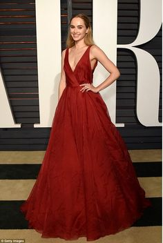 Stunning: Model Suki Waterhouse attends the 2015 Vanity Fair Oscar Party hosted by Graydon...
