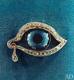 Salvador Dalí's Eye of Time brooch. by shmessa