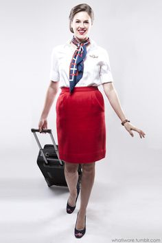 Sexy candid air hostess showing off her pantyhose covered ...