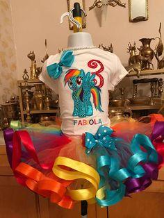 Rainbow dash tutu set rainbow dash birthday outfit my little My Little Pony Cumpleaños, Fiesta Little Pony, Cumple My Little Pony, Little Pony Cake, Little Poney, Cumpleaños Rainbow Dash, Rainbow Dash Birthday, My Little Pony Birthday Party, 1st Birthday Shirts