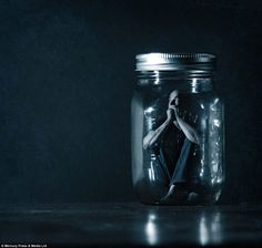 The surreal and conceptual photography of Shawn Van Daele. Surrealism Photography, Conceptual Photography, Creative Photography, Fine Art Photography, Portrait Photography, Photography Ideas, Fantasy Photography, Bottling Up Emotions, Art Plastique