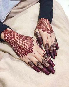 Best Bridal Mehendi Designs Hands Latest 44 Ideas You will find different rumors about the annals of the marriage … Foot Henna, Henna Mehndi, Mehendi, Mehndi Art, Arabic Henna, Henna Art, Beautiful Henna Designs, Best Mehndi Designs, Rangoli Designs