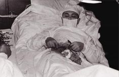 A Creepy Medical Tour Of The Past: In this picture, quoted from the article slide show: Leonid Rogozov, the only surgeon on an Antarctic expedition, performing surgery on himself after suffering from appendicitis. April Now that's a doctor I could trust. Weird Facts, Fun Facts, Random Facts, Crazy Facts, Antonio Diaz, Medical History, Interesting History, Interesting Facts, Amazing Facts