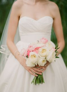 #Bouquet | See more of this wedding at The Barn At Gibbet Hill on SMP: http://www.StyleMePretty.com/new-england-weddings/2014/01/31/groton-wedding-at-the-barn-at-gibbet-hill/ Catherine Rhodes Photography