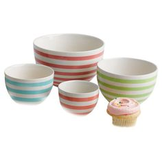 Cook+in+bright+style+with+charming+prep+bowls,+artfully+crafted+of+earthenware+and+showcasing+multicolor+stripes.+  Product:+Smal...